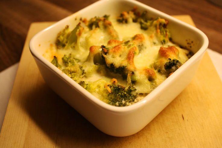 Ein leckeres, leichtes und figurfreundliches Rezept für Kartoffel-Brokkoli-Gratin.