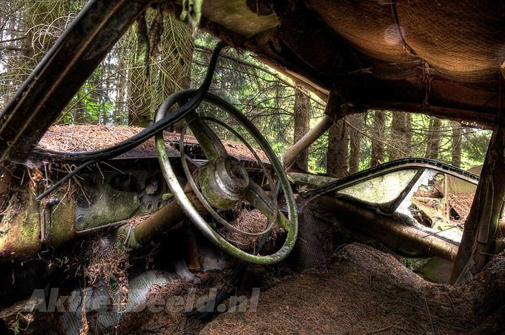 Abandoned car cemetery in Chatillon; interior view