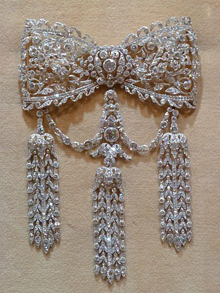 Cartier Edwardian diamonds #DiamondBrooches