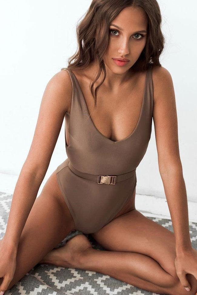 Low back high leg belted v neck one piece swimsuit