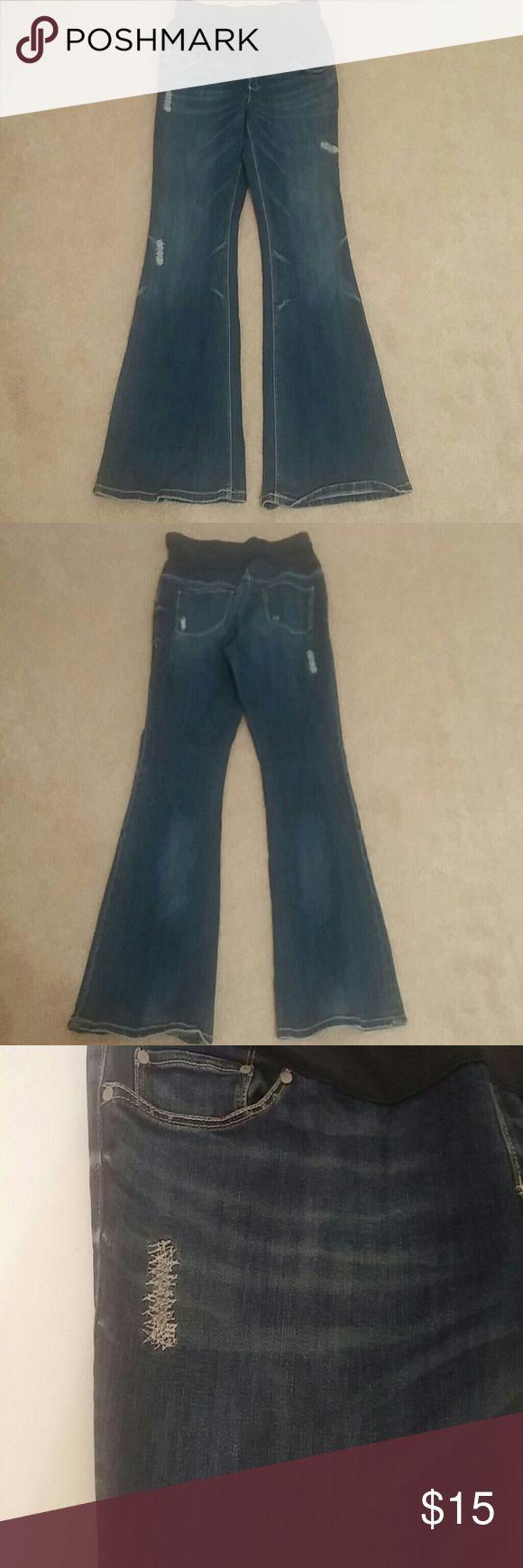 Old navy maternity jeans Size 8 old navy maternity jeans Old Navy Jeans Flare & Wide Leg