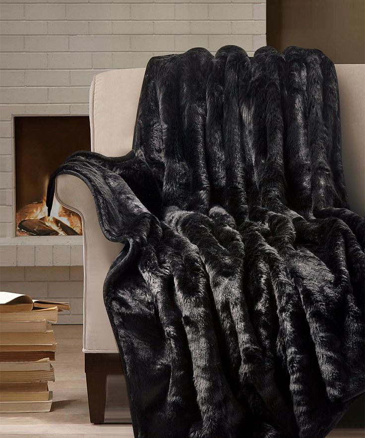 1000 Images About Fur Blanket On Pinterest: 1000+ Ideas About Faux Fur Throw On Pinterest