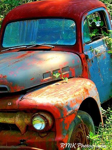 Thunder Road by RMK14, via Flickr, love old trucks