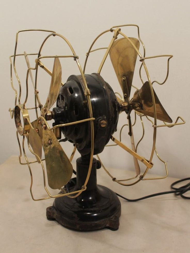 Vintage Fan 32