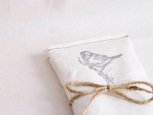 .: Diy Ideas, Birds Stamps, Stamps Napkins, Cute Ideas, Stamps Fabrics, Gifts Wraps, Ideas Diy, Fabrics Envelopes, Wraps Ideas