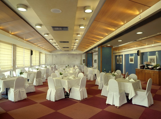 The beautifully decorated #dinning hall of #Hotel #Stanley, #Athens #Greece