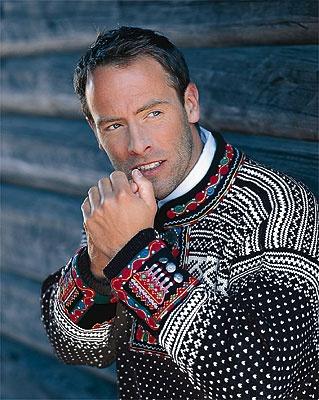 Knit Better Socks: Setesdal Sweater Makeover