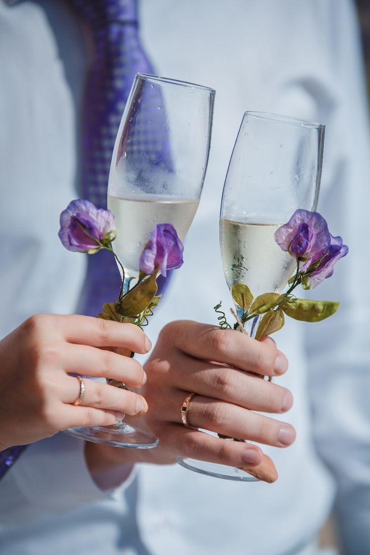 Glass decoration ideas - Sweet Pea Silk Flowers