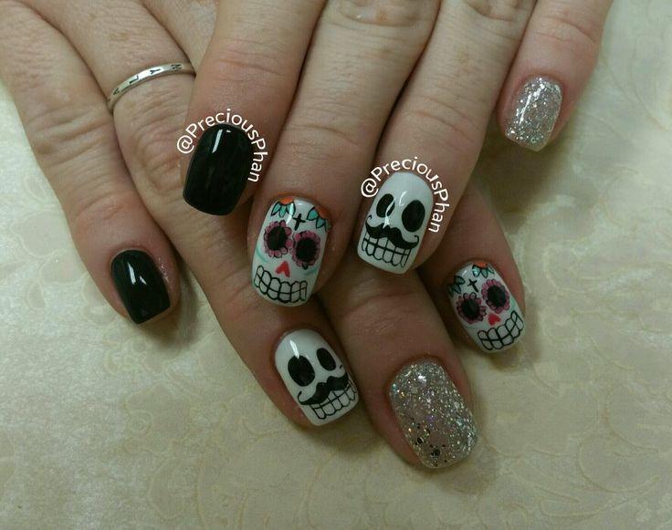 Dia de los muertos. Sugar skull nails. Halloween nails.   #PreciousPhanNails