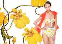 diseños florales en vestidos de baño