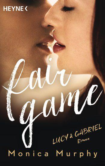 """Monica Murphy: """"Lucy & Gabriel""""  Gabriel sitzt den Sommer über bei seiner verkorksten Familie fest und langweilt sich zu Tode. Er sucht nach einem Abenteuer und wird im gut aussehenden Mädchen von nebenan fündig. Sofort üben die beiden eine unwiderstehliche Anziehungskraft aufeinander aus. Bald verbringen sie jede Minute zusammen. Doch Lucy ist nicht, wofür Gabriel sie hält ..."""