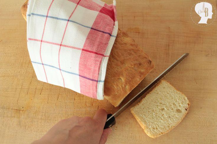 Food: Brot Backen - Rezept / Heute zeige ich euch zwei verschiedene Rezepte für leckere Brote, die ihr mit der Aldi Studio Küchenmaschine machen könnt.
