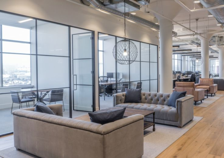 Arbour Lane Capital Management Office  Designer: MKDA New York    #arbourlanecapitalmanagementoffice #office #mkdanewyork #tagwall #industrialsash #interiordesign #officedesign #walldesign #workspaces