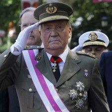 MADRID - De Spaanse regering wil dat Juan Carlos ook na zijn aftreden als koning onschendbaar blijft. Er is een wet in de maak die hem de hoogste bescherming biedt tegen mogelijke rechtszaken, schrijft de Spaanse krant El País vrijdag. Juan Carlos kan dan alleen door het hooggerechtshof worden berecht.