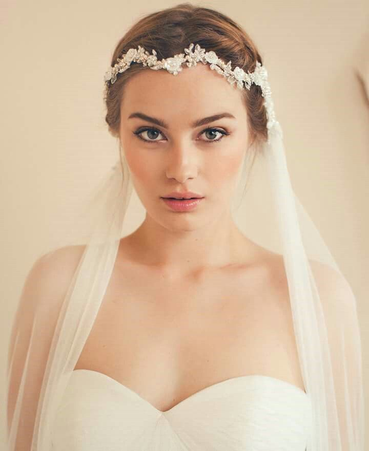Headpieces For Wedding Veils: Best 25+ Headband Veil Ideas On Pinterest