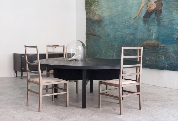 10 Easy Pieces: Distressed Furniture in Black: Remodelista