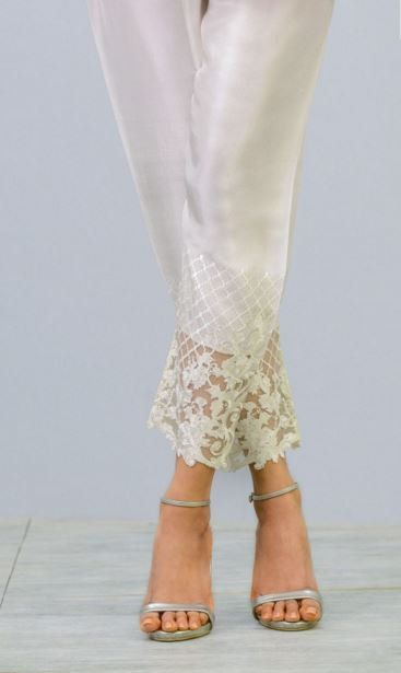 Silk Embroidered Cigarette Pants Straight Cigar por KaamdaniCouture