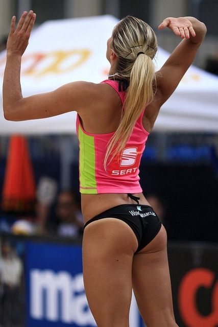 free-pictures-of-girls-vollyball-butts