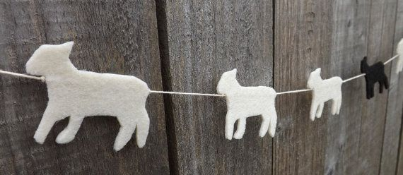 Lamb Garland, Felt Garland, Garland,  Spring Lamb, Little Lamb, Spring Bunting, Easter garland, Baby Shower gift, Home Decor, Spring banner op Etsy, 18,46 €