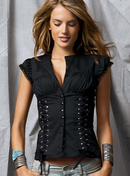 Corset Poplin Blouse  Classic yet sexy. Casual but flashy.