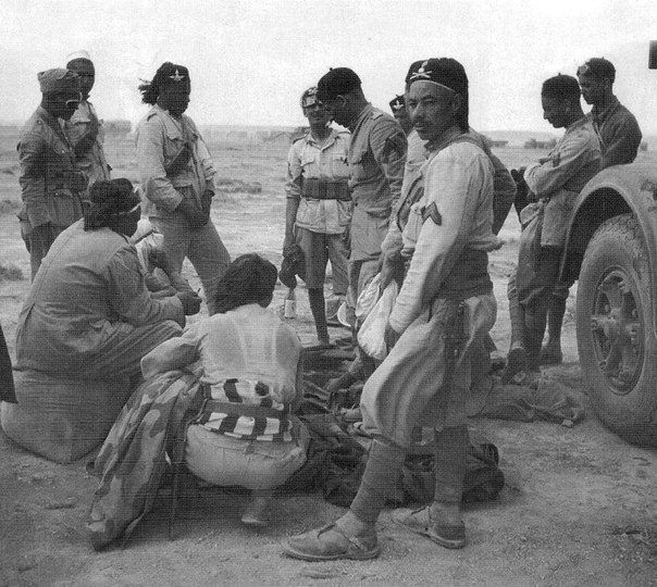 Libyan troops serving in the Italian Army during the North African Campaign. WWII - pin by Paolo Marzioli