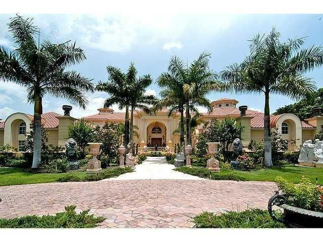 70 best images about dream homes mediterranean on for Biggest house in miami