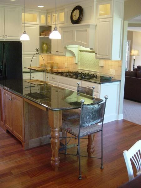 Beverage Centre, Cooktop Mantle,  & Box Hood - Eclectic Kitchen By Dwellings