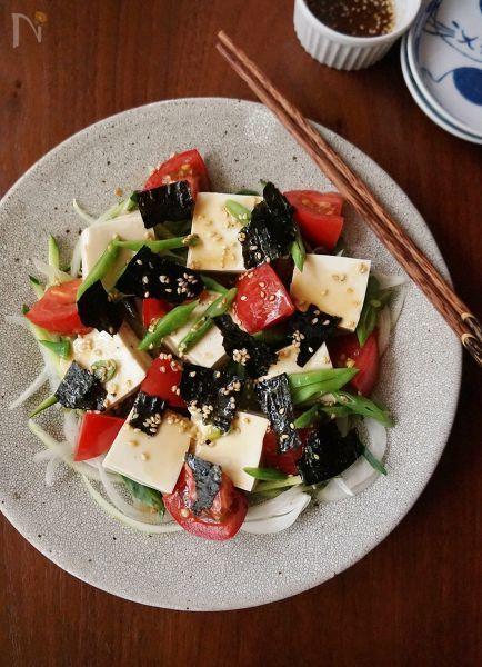 今回は「モロッコインゲン」を使用した人気レシピをご紹介します。茹で時間や調理時間によって食感が変化するので、炒め物からサラダまでどの料理にも相性抜群ですよ!栄養豊富な緑黄色野菜なので、ぜひ積極的に摂取したい食材ですね。 (2ページ目)