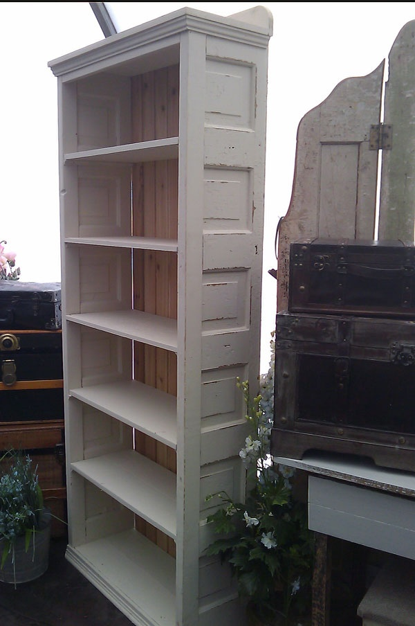 Best 25 Vintage Bookcase Ideas On Pinterest Refurbished