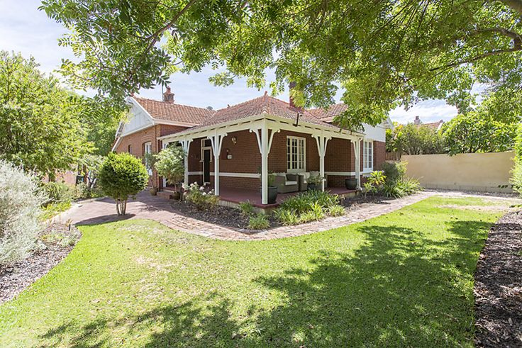 Recently sold house - 14 Park Road - Mount Lawley , WA