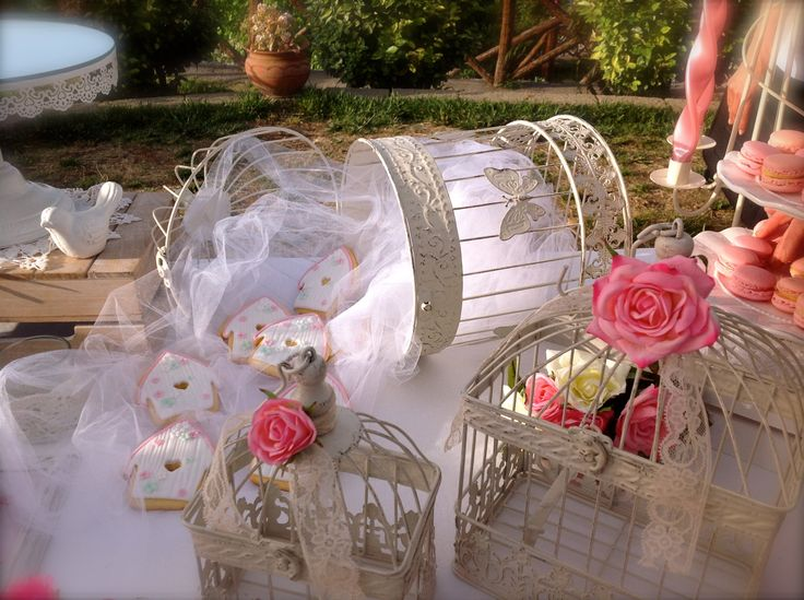 chabby chic sweet table