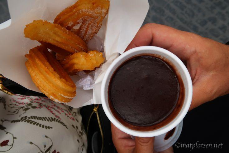 Churros med chokladkaramellsås
