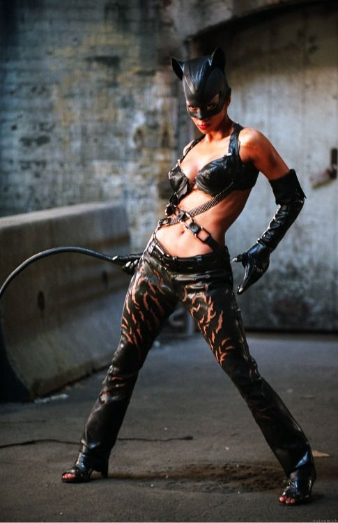 superheroesincolor:  Patience Philips (Halle Berry), Catwoman (2004)