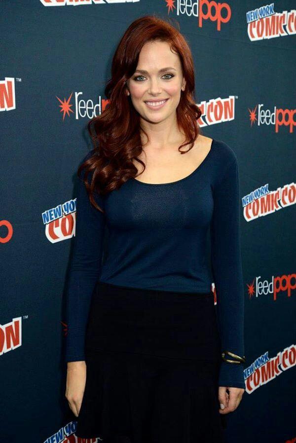 Katia Winter.. Plays Katrina Crane.. A good Witch...