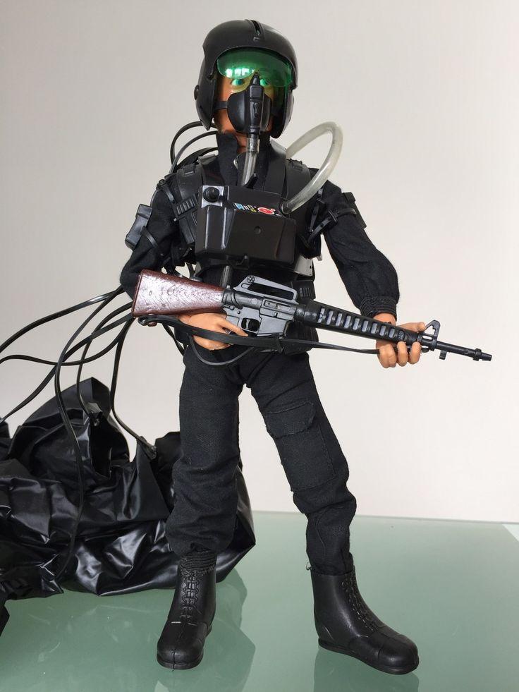 The Unofficial Action Man HQ Forum - c.1983 SAS Parachute Attack