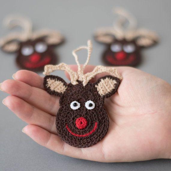 Ornamenti di Natale alluncinetto, decorazione di Natale Crochet, Crochet set di 3 ornamenti, Rudolph renna, albero di Natale e uncinetto Santa. Questi incantevoli ornamenti di Natale sono a mano alluncinetto con filo di cotone di alta qualità in ambiente privo di fumo e pet-free