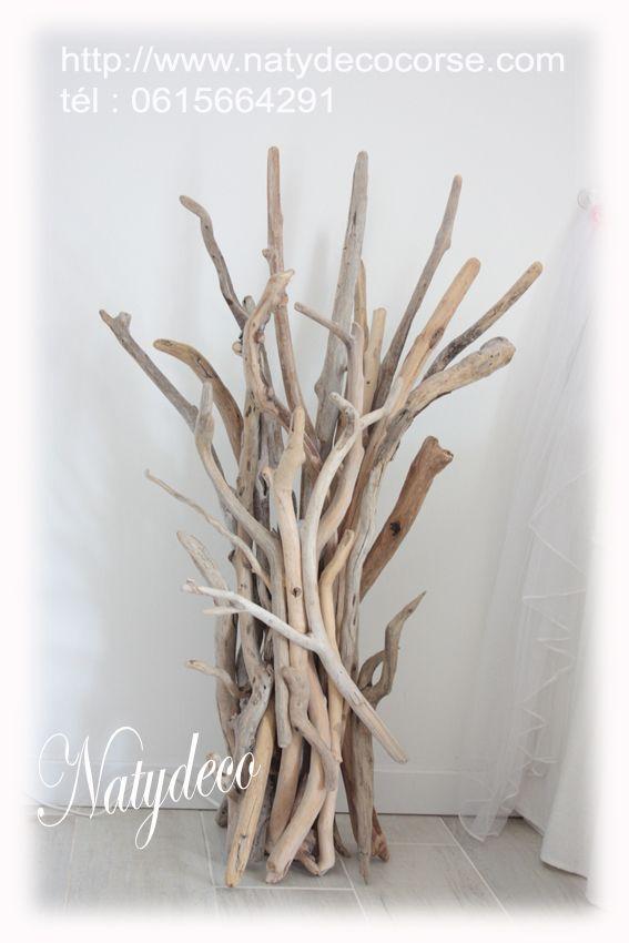 Commande terminée lampe en bois flotté 1 m de haut avec ampoule de couleurs qui se change avec télécommande http://www.natydecocorse.com