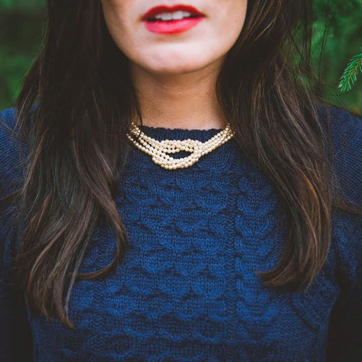 Sarah Vickers Classy Girls Wear Pearls - How to Dress Like a Modern Lady