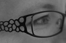 naast mijn logo en auto is mijn bril toch echt een handelsmerk van mij geworden.