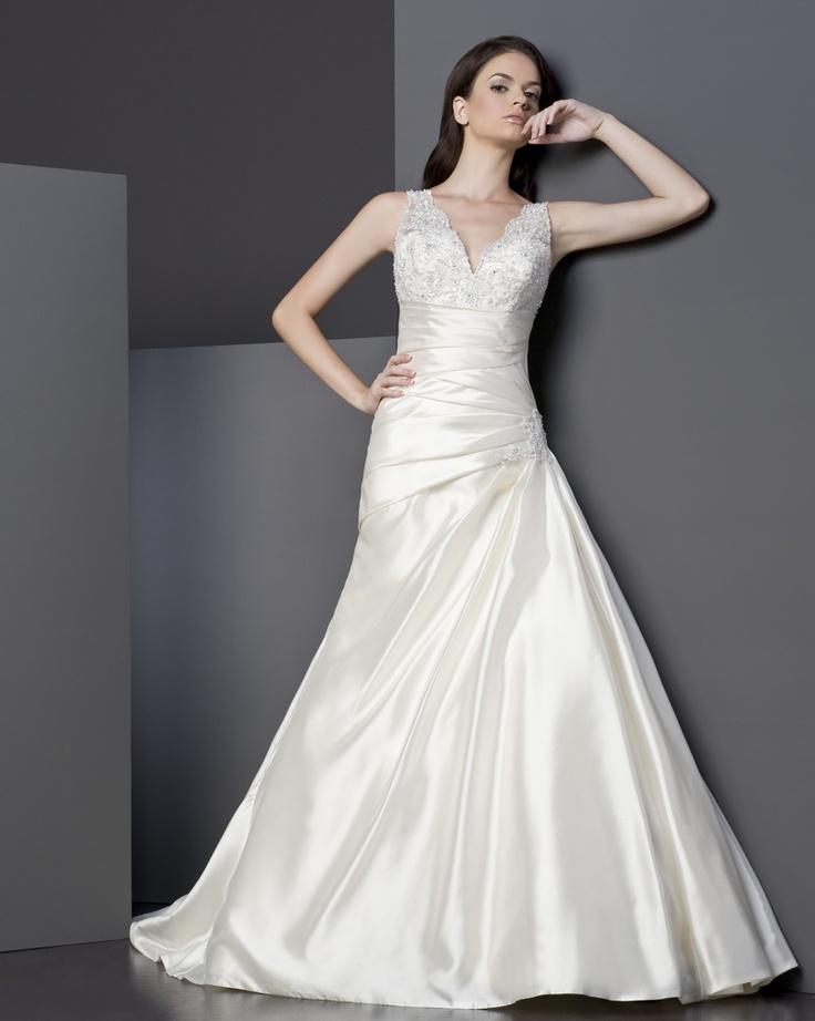 Igen Szalon Tia by Modeca wedding dress - 5002 #igenszalon #weddingdress #modeca