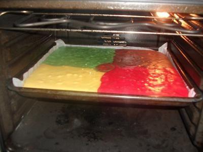 Rezept: Papageienkuchen vom Blech Bild Nr. 2