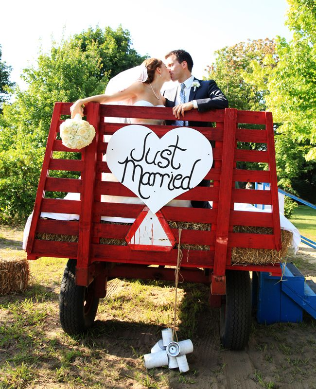 hay bales trailer erin samuell a simple photograph http