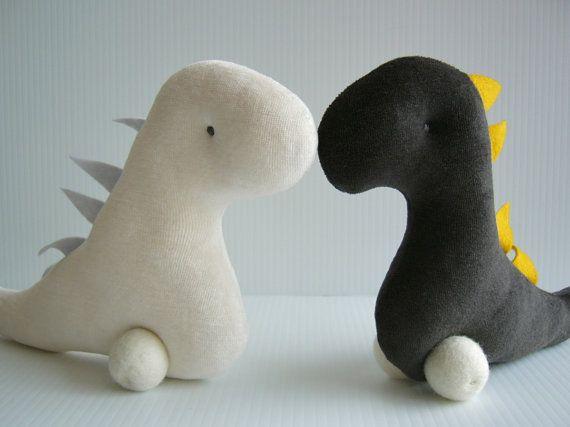 Dinosaure GRRR Douce Peluche Forme Minimaliste-Bébé par kioukiout