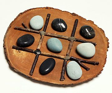 Nature lovers will enjoy this tic-tac-toe set. Gather a wood slice, twigs, four small pebbles, and eight rocks in two different colors.