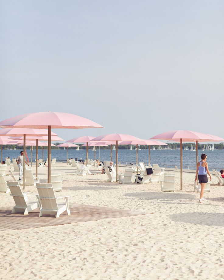 Sugar Beach, Toronto - photography by Gabriel Li