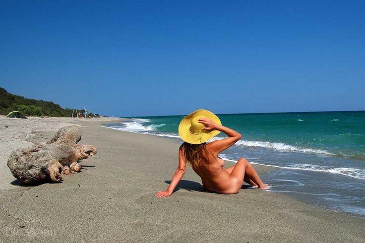 Plage Linguizzetta, Corsica, France- best nude beaches in the west1