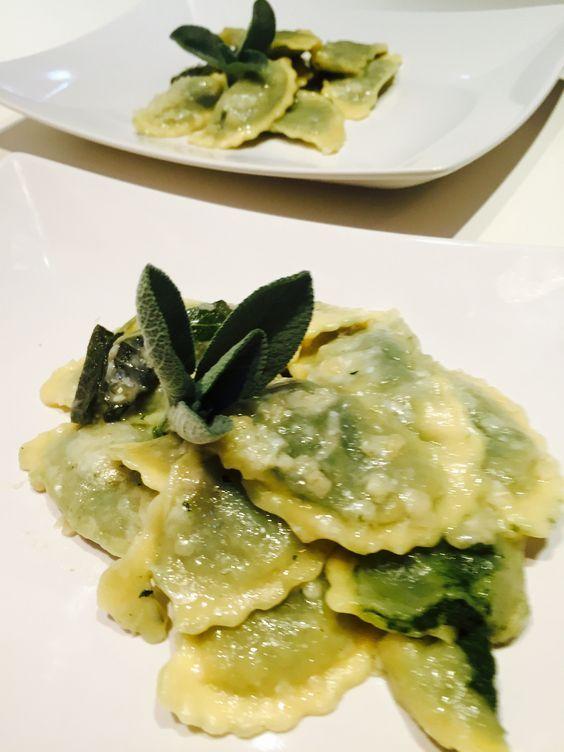 Ravioli di borragine e ricotta - Ricotta borage dumplings