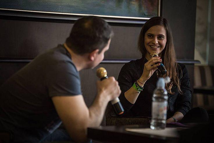 Gregor Mares (@gregor_mares) interviewing Slovak olympic shooter Danka Bartekova (@bartekovad) during #slovenskefiremnehry . . . .  #slovenskefiremnehry2017 #dankabartekova #elcop #gregormares #interview  #olympics #champion #shooting #skeet #skeetshooting  #magastudiosk #firemnyevent #fotografnaevent #fotografnaeventy