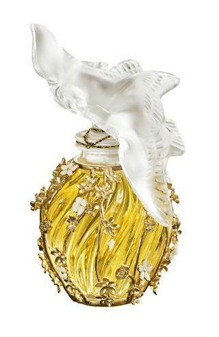 Parfums Noël  : 20 parfums féminins à offrir à Noël