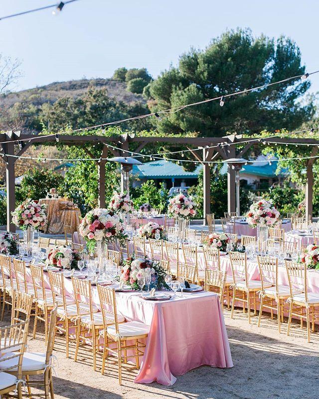 Loving This Wedding At Imagine Park Santa Barbara Venue Imaginepark Photographer Stevenleyvaphoto Wedding Planner De Planner Design Design Wedding Planner